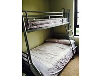 Silver Jay-be triple sleeper for sale in excellent condition