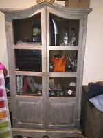 Vintage Cabinet- Price Negotiable- Proffessional Pick Up needed