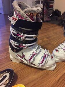 Nordica woman's ski boots