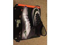 BNIB NIKE MERCURIAL SUPERFLY FG SIZE UK 9 LILAC/BLACK FOOTBALL BOOTS