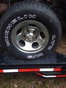 "Set of 4 15"" Chrome rims from 1987 Dodge 1/2 ton"