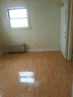 Two bedroom apartment available now near u of windsor,on Campbel