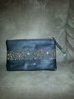 New Guess Purse for Sale!