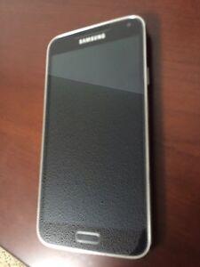 Samsung S5 - Unlocked