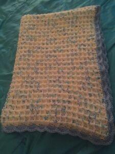 Hand made crochet baby blankets  Cambridge Kitchener Area image 5