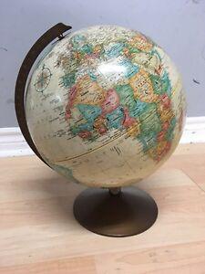 vintage globe Oakville / Halton Region Toronto (GTA) image 1