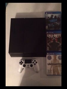 Selling ps4 very good condition with games and controller