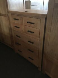Ex-display/seconds***solid oak 4/3 chest of drawers---ONLY £150---CALL TODAY!!!