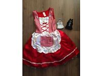 Little red riding hood dress and puppets 3-5yrs
