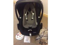 Maxi Cosi pebble plus i size car seat with reversible cushion and rain cover excellent condition