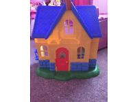 Doc McStuffin Clinic toy house
