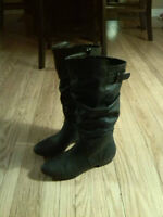 Payless 7.5 Black Boots