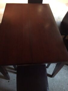 Dining room table with 6 chairs Kitchener / Waterloo Kitchener Area image 4