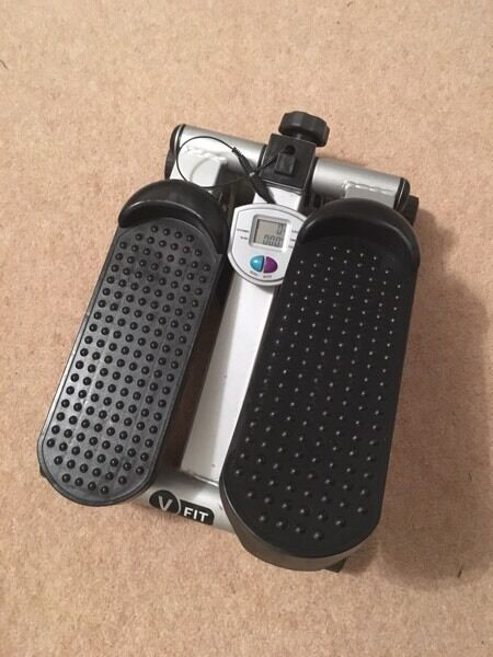 Stepperin Aylesbury, BuckinghamshireGumtree - Great little stepper to tone up your legs and bum! In a good condition. Selling for just £5!! Collection only