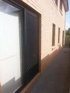 2 FURNISHED Studios in a GREAT Location Mount Druitt Blacktown Area Preview