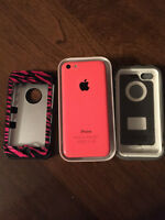 IPhone 5C with 2 Cases