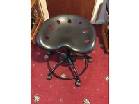Swivel stool with wheels (Chair )