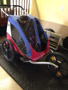 Chariot Cabriolet stroller with bike attachment