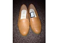 Women's loafers and trainers