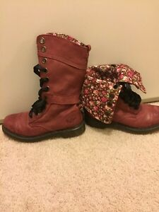 Boots, Dr. Martens, sorel and Rieker Kitchener / Waterloo Kitchener Area image 4