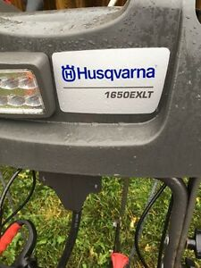 HUSQVARNA 1650EXLT SNOWBLOWER