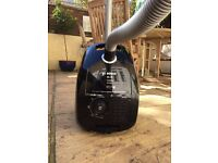 Bosch vacuum cleaner! Great condition! Must sell! Moving sale!