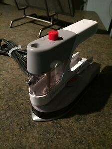 Travel Iron for clothes