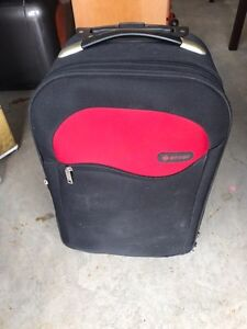 Airline approved carry-on bag with wheels