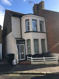 2 bedroom semi detached house Ramsgate