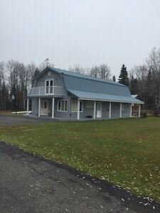 Beautiful home on 90 acres in Pineview for sale.