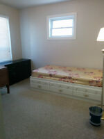 Master bedroom of 4bdr house to rent for summer, 5min walk to LU