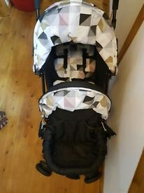 Sienta Duo pushchair for sale only used once
