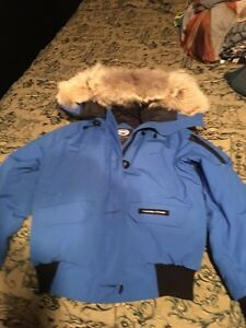Canada Goose Bomber Jacket (ladies)