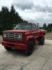 1986 GMC 6000 pickup conversion