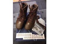 HIAX boots 7Wide