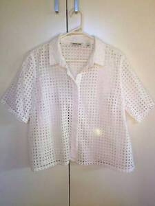 Country Road White Broderie Shirt (Size L) Brighton Bayside Area Preview