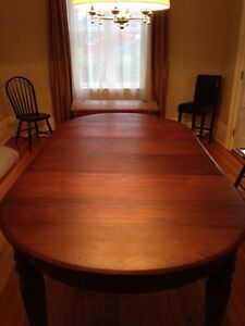 Beautiful Huge 1870s Antique Solid Walnut Dining Table Peterborough Peterborough Area image 2