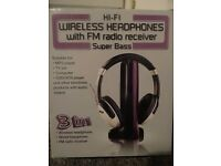 Hi-Fi Wireless Headphones with FM radio receiver. Super Bass