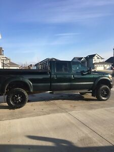 Mint F-350 Super Duty
