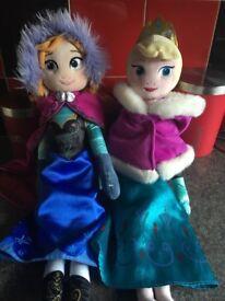 Elsa & Anna soft dolls