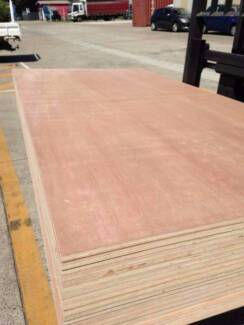 2440X1220X18mm MERANTI HWD Ply Best Quality Non-Structural CD