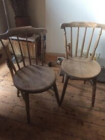Two lovely Vintage Oak Chairs
