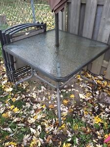 Patio table with chairs London Ontario image 1