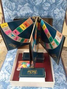 Trivial Pursuit. Master Game. Genus Edition.  Sarnia Sarnia Area image 2