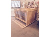 Stunning mamas and papas cotbed and brand new mattress with changing top