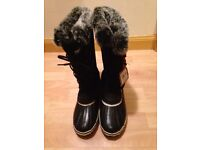 New ladies Thinsulate snow boots size 7