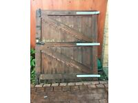 Large wooden gates - Fully Working