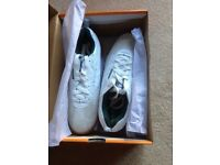 Squash trainers, HI-TEC brand new, boxed, size 9