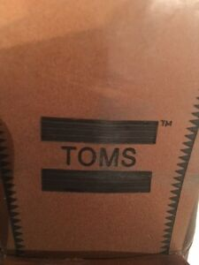 Authentic TOMS Genuine Leather Ankle Booties - EUC St. John's Newfoundland image 5