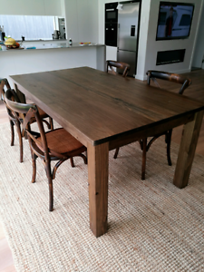 Solid hardwood table and 4 chairs Little Bay Eastern Suburbs Preview